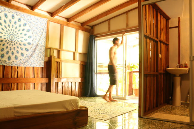 deluxe-room-surfhouse